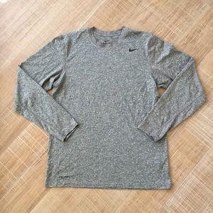 NIKE Dri-Fit Long Sleeve Training Shirt Sz M